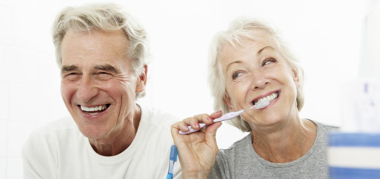 anziani patologie dentali