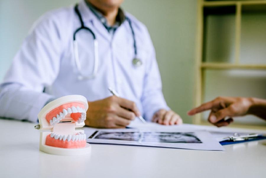prevenire perimplantite